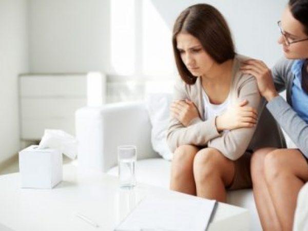 """Защо казваме """"добре съм"""", когато не сме? Помощ от психолог"""